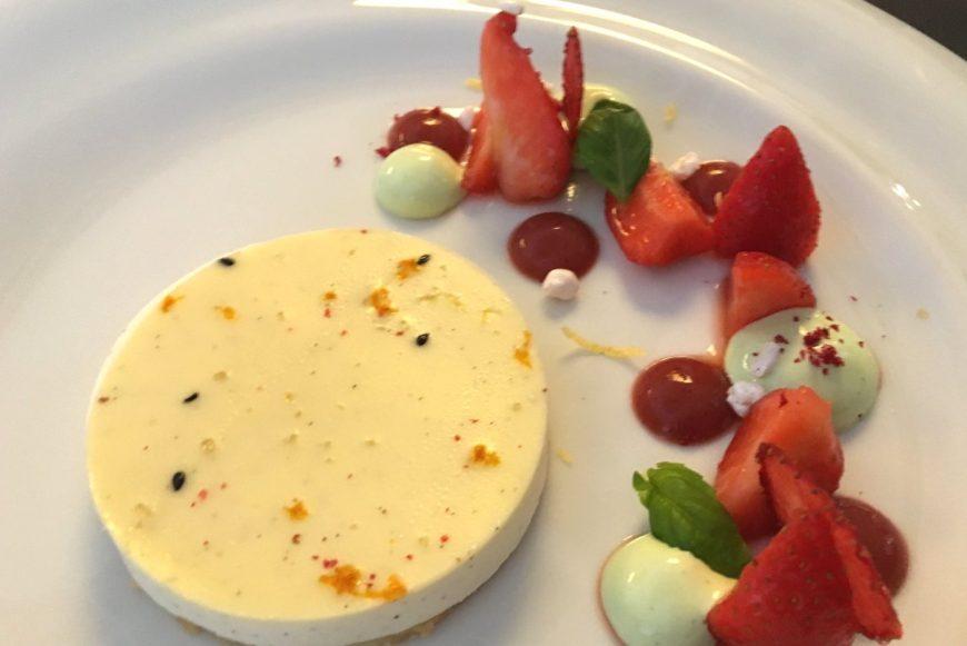 Max' Geschmacks Vorschlag: Ochsensteak mit Süßkartoffel-Pommes und Fenchel-Orangen-Salat
