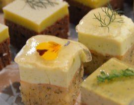 Max' Geschmacks Vorschlag: Burrata mit Karamell-Birne und Trüffel-Öl