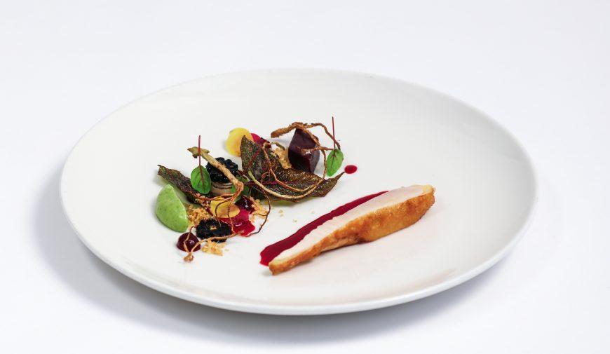 Max' Geschmacks Vorschlag: Poulet de Bresse | Roter Meier | Sellerie | Rote Bete | Liebstöckel