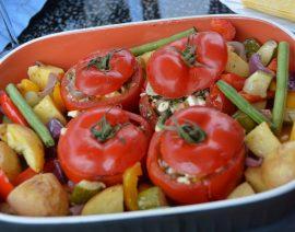 Gefüllte Tomaten mit Gemüse