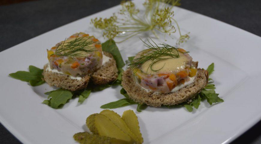 Max' Geschmacks Vorschlag: Rosa Entenfilet mit Sellerie-Kartoffel-Stampf und Spitzkohl